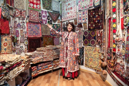 Zulya Rajabova welcomes you to shop Uzbekistan's Silk Road centers!